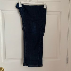 Dark wash bootcut/skinny Old Navy Sweetheart jeans